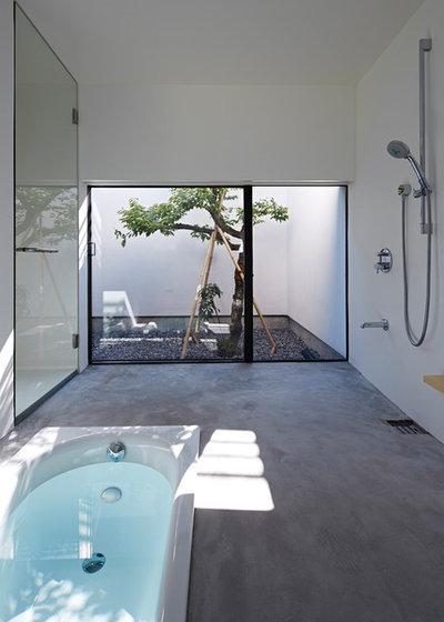 Asiatisch Badezimmer by 石井秀樹建築設計事務所 Ishii Hideki Architect Atelier