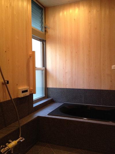 和室・和風 浴室 by 探彩工房設計事務所