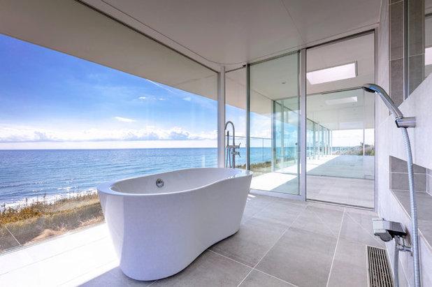 モダン 浴室 by TAPO 富岡建築計画事務所