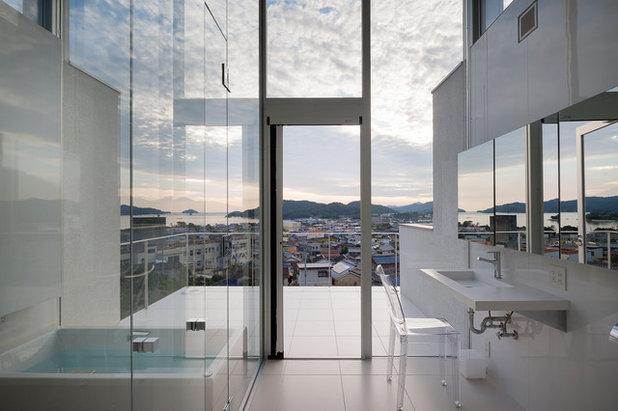 モダン 浴室 by (株)建築デザイン研究所