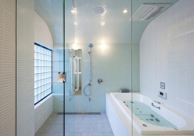 モダン 浴室 by 一級建築士事務所シンクスタジオ