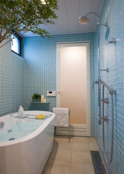 モダン 浴室 by 株式会社 WELLNEST HOME 【ウェルネストホーム】
