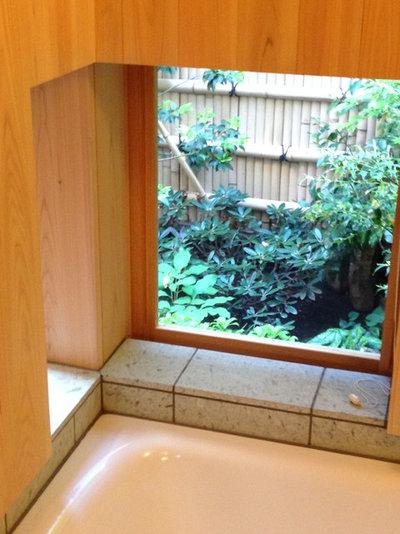 和室・和風 浴室 by 株式会社 松井郁夫建築設計事務所