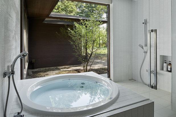 モダン 浴室 by アトリエ137 | atelier137 Architectural Design Office