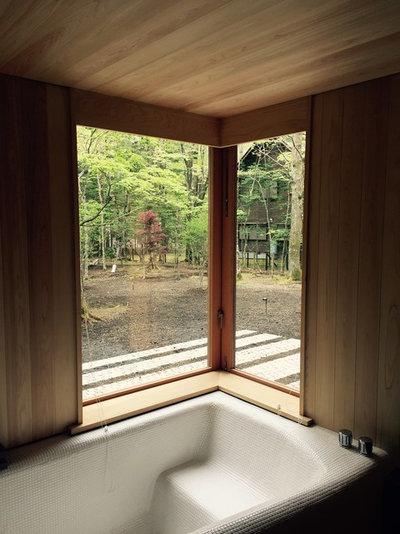 モダン 浴室 by KEN YOKOGAWA ARCHITECT & ASSOCIATES INC.