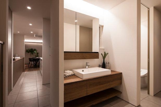 コンテンポラリー 浴室 by FANFARE Co.,Ltd.
