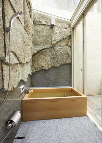 Contemporáneo Cuarto de baño by SANEI 株式会社