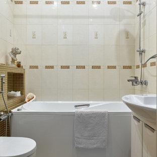 京都のミッドセンチュリースタイルのおしゃれな浴室 (コーナー型浴槽、オープン型シャワー、オープンシャワー) の写真