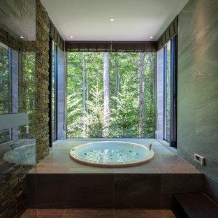 他の地域, のコンテンポラリースタイルのおしゃれな浴室の写真