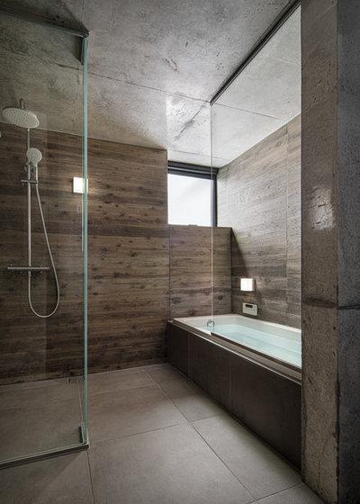 モダン 浴室 by Kotaro Ide / ARTechnic architects