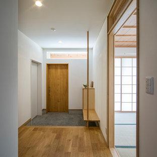 名古屋の北欧スタイルのおしゃれな玄関の写真