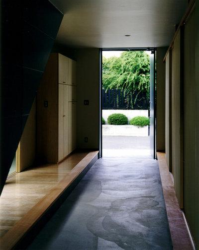 モダン 玄関 by 荒木毅建築事務所