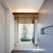 家の魅力を伝える美しい玄関スペース14選