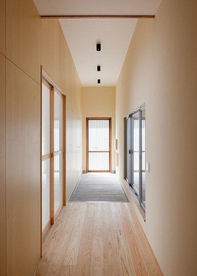 和室・和風 玄関 by 相川 佐藤 建築設計事務所