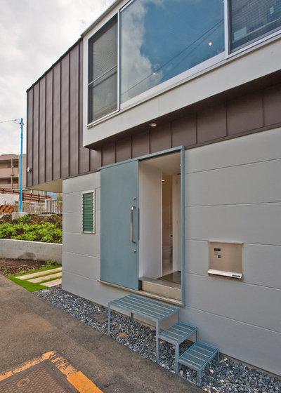 Moderno Entrada by 一級建築士事務所 水石浩太建築設計室
