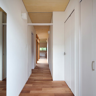 Inspiration for a zen entryway remodel in Osaka