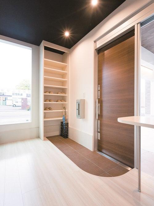 Eingang mit Schiebetür Ideen, Design & Bilder | Houzz