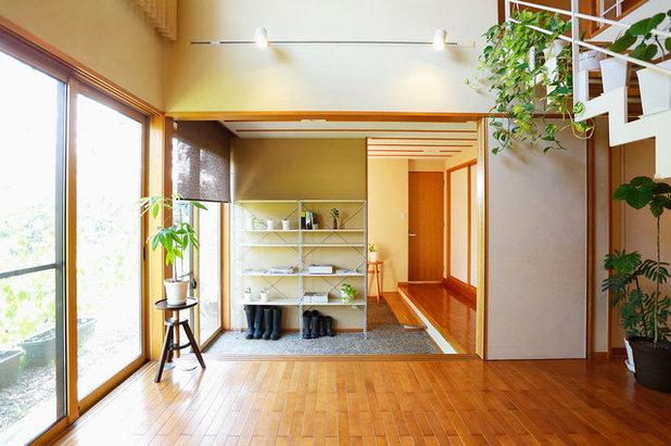 和室・和風 玄関 by COLUPO ARCHITECTS