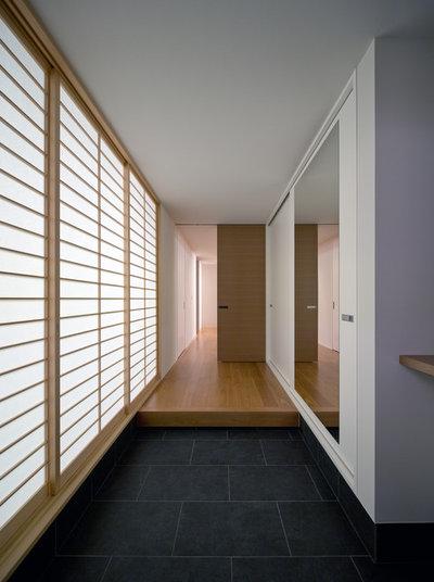モダン 玄関 by Architect Show Co.,Ltd