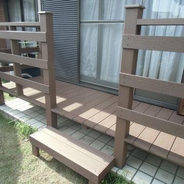 個人様宅のウッドデッキ・フェンスの施工例(大阪府のエムズ・リフォーム様ご施工)