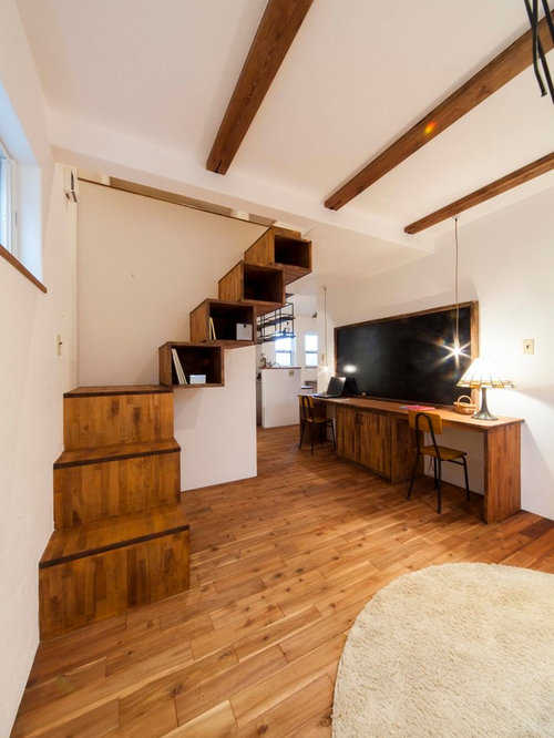 shabby chic style holztreppen ideen f r treppenaufgang treppenhaus houzz. Black Bedroom Furniture Sets. Home Design Ideas