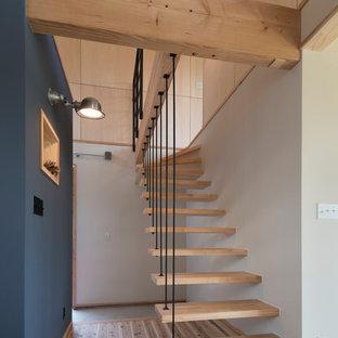 他の地域のインダストリアルスタイルのおしゃれな階段の写真