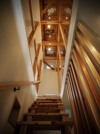Восточный Лестница by 斉藤建築設計室