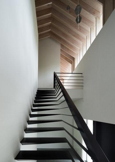 コンテンポラリー 階段 by 津野建築設計室/troom