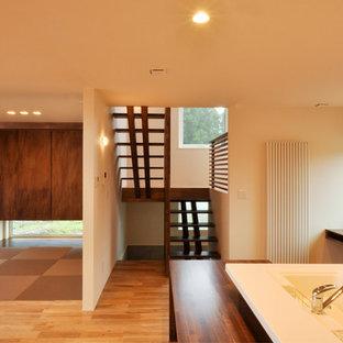 Modelo de escalera en U, escandinava, sin contrahuella, con escalones de madera