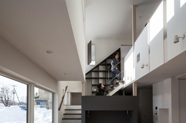 モダン 階段 by 富谷洋介建築設計