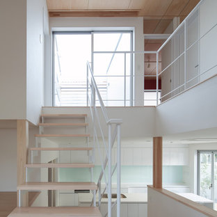 大阪のモダンスタイルのおしゃれな階段の写真