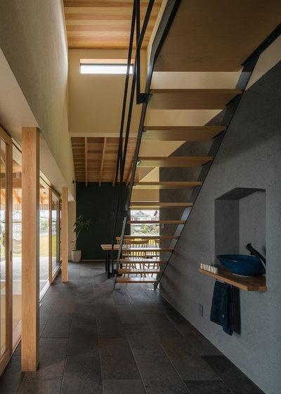 和室・和風 階段 by ALTS DESIGN OFFICE (アルツ デザイン オフィス)