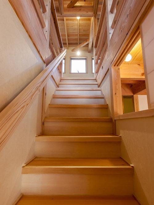 modelo de escalera recta rstica pequea con escalones de madera de
