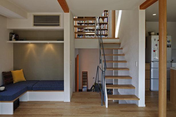 コンテンポラリー 階段 by 長浜信幸建築設計事務所