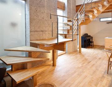浮遊する階段