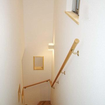 箕面市 新稲の家 階段
