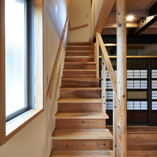 他の地域の大きい和風のおしゃれな階段の写真