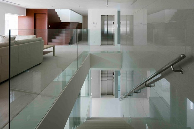 モダン 階段 by 株式会社JWA建築・都市設計 Jun Watanabe & Associates