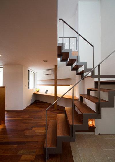 モダン 階段 by アーキシップス古前建築設計事務所