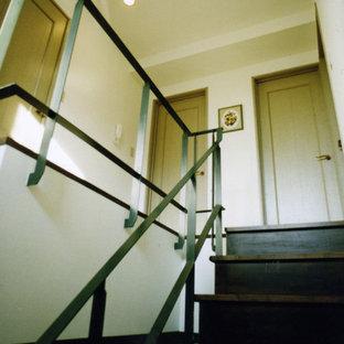東京23区のアジアンスタイルのおしゃれな階段の写真