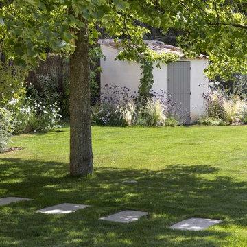 PUYRICARD - La douceur d'un jardin