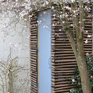 Idée de décoration pour un petit abri de jardin séparé design avec un abri de jardin.
