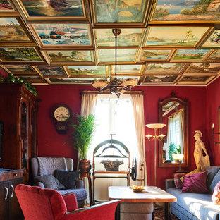 ヨーテボリの小さいエクレクティックスタイルのおしゃれな独立型ファミリールーム (赤い壁、コーナー型テレビ) の写真