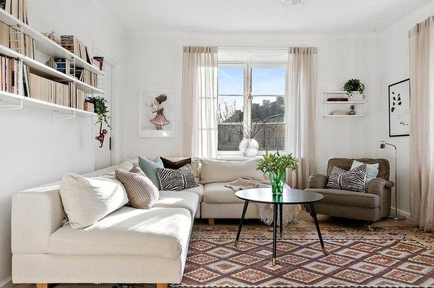 Scandinavian Family Room by Studio K Inredning