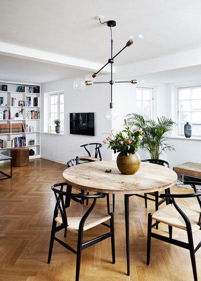 Nórdico Sala de estar by Mia Mortensen Photography
