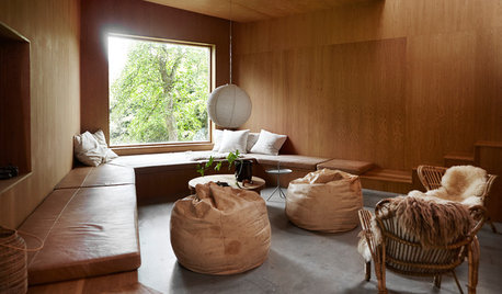 シンプルとコントラスト。部屋ごとに異なる体験をつくるデンマークの家