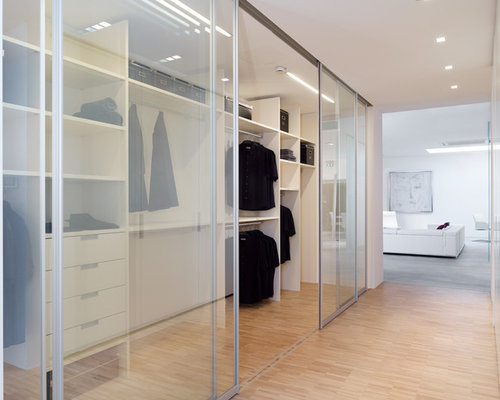 Best Closet with White Cabinets and Bamboo Floors Design Ideas & Remodel Pictures | Houzz
