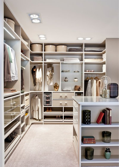 Contemporary Wardrobe by CABINET Schranksysteme AG