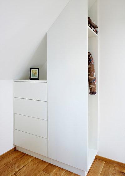 18 ideen f r stauraum unterm dach. Black Bedroom Furniture Sets. Home Design Ideas