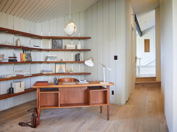 Midcentury Home Office by Oneshot Design